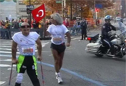 yavuz sap 27284 501 - Bedensel engelli sporcu Yavuz Şap, koltuk değnekleriyle 42 kilometre koşacak
